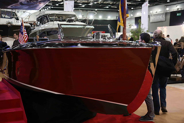3 top new power boats: Hacker, Larson and Morgan