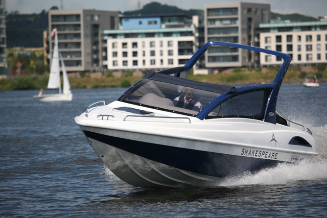 Shakespeare is alive: new 700SC powerboat