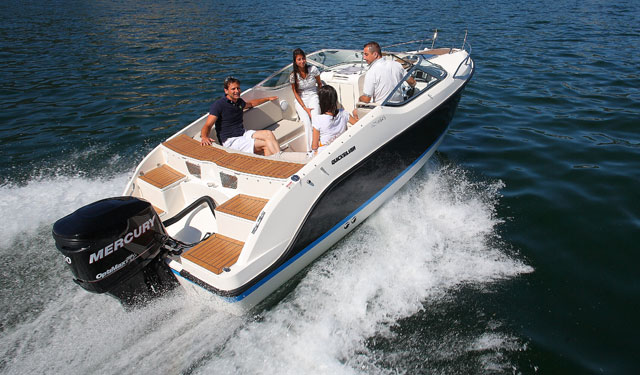 Nine top motorboats