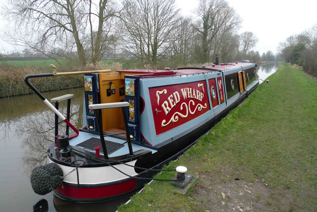 Narrowboat or barge? Canal boats explained