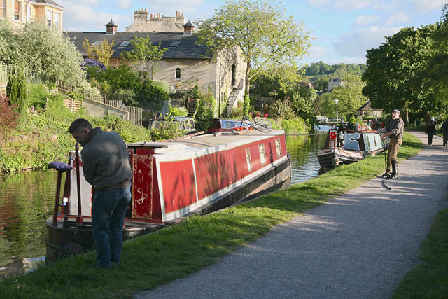 How to park a narrowboat: 10 top tips