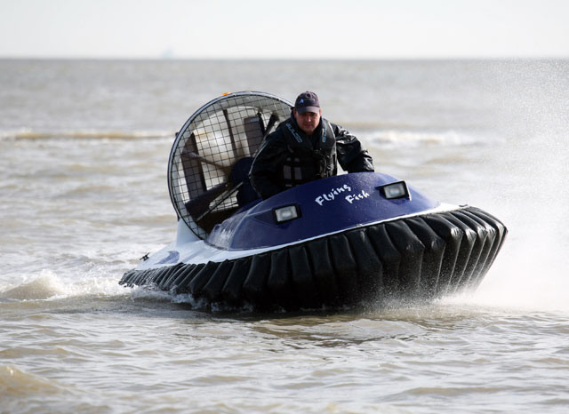 Flying Fish Marlin II: an affordable hovercraft