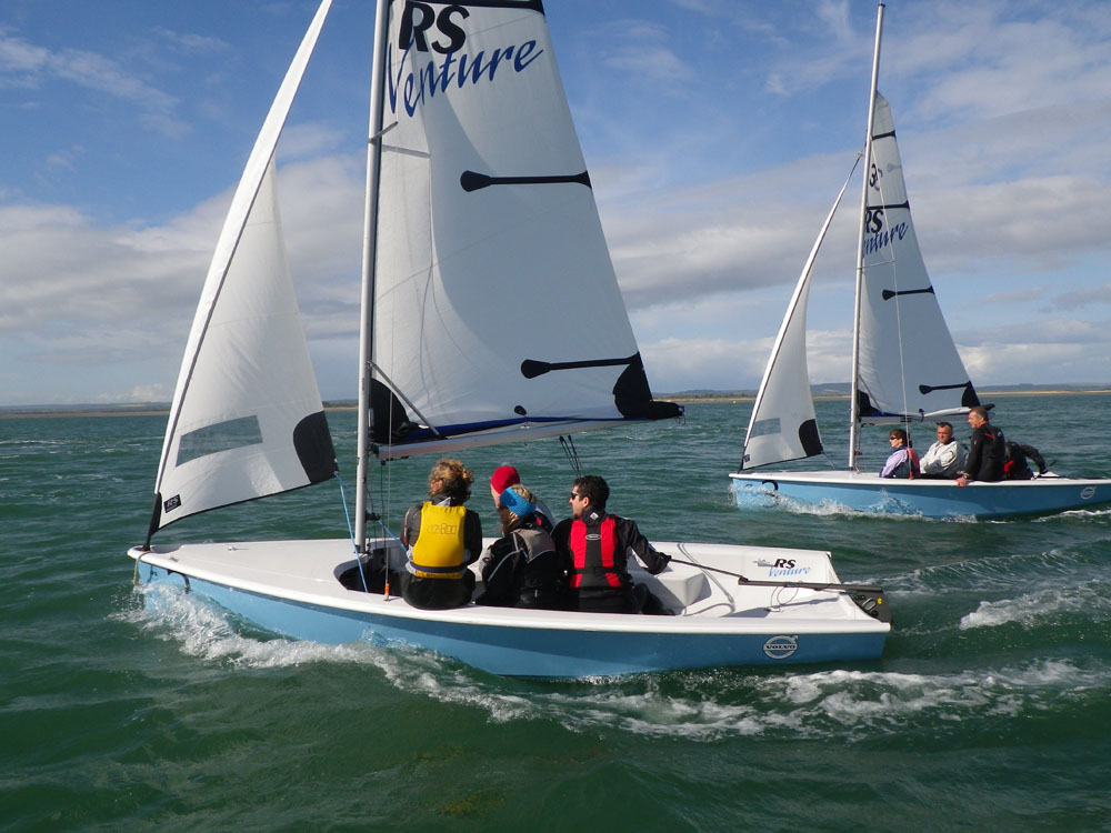 Singlehanded sailing dinghies - boats com