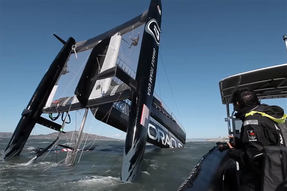 Oracle Team USA capsize: the video