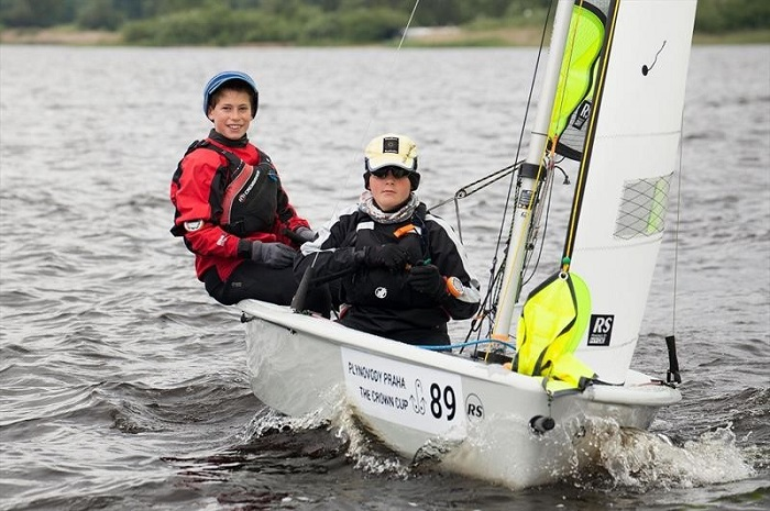 14 great sailing dinghies for kids