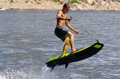 Jet surf video: watch amazing new motorised surfboard