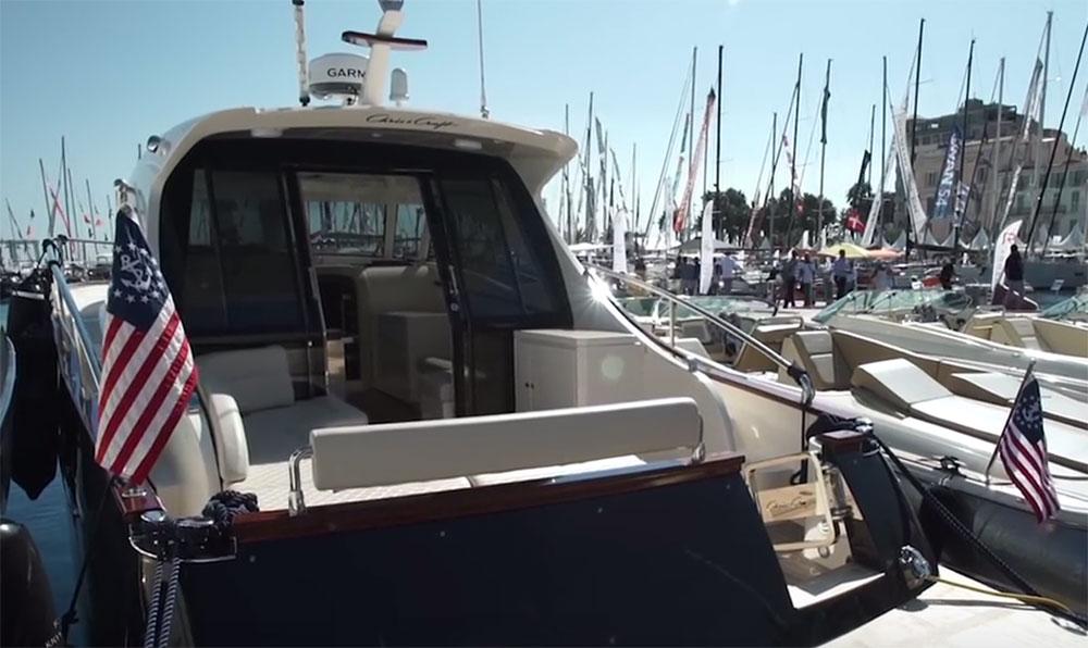 Chris-Craft Commander 42 review - boats com
