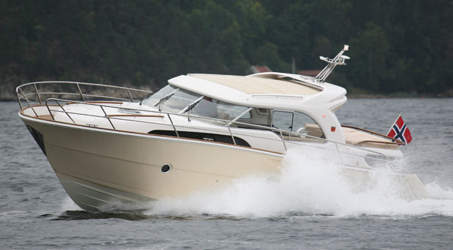 Marex 370 aft cabin cruiser review