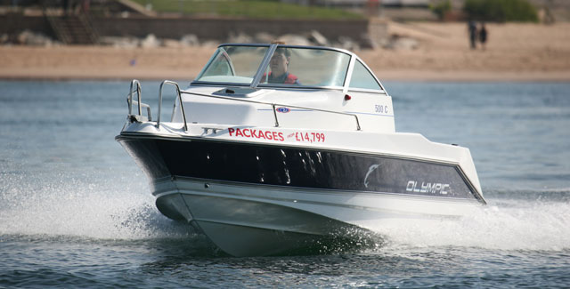 Olympic 500C: a family powerboat