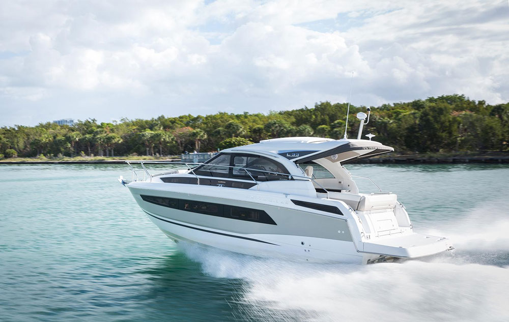 Jeanneau Leader 33 review