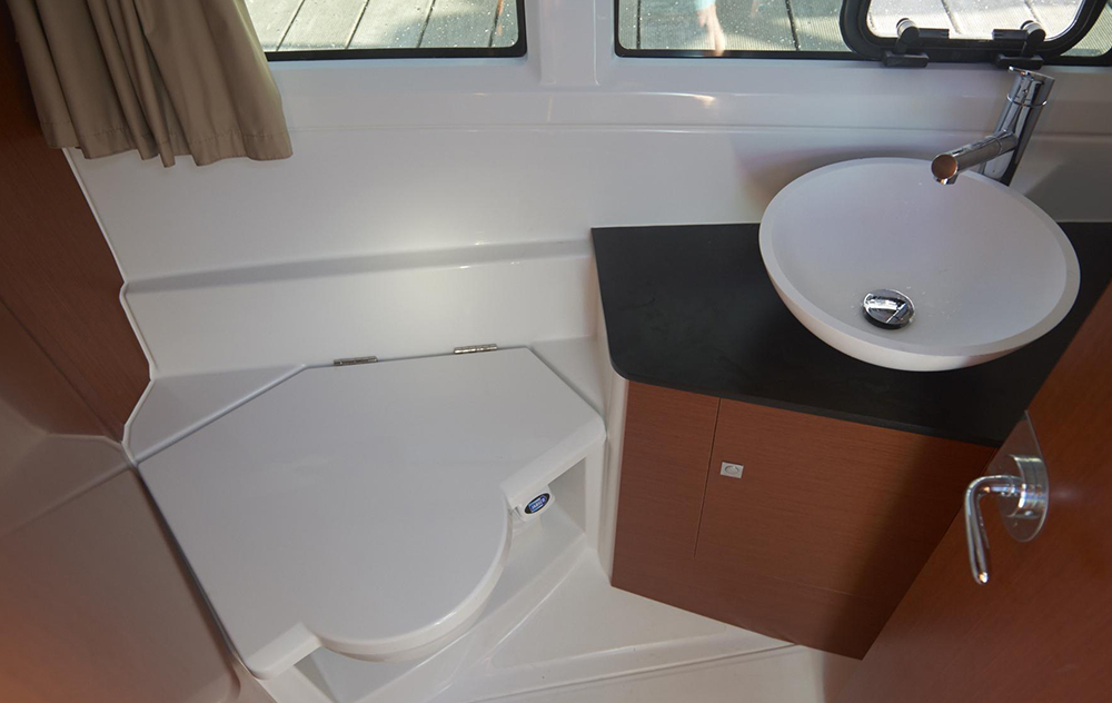 Portable Boat Toilet : All about marine toilets boats