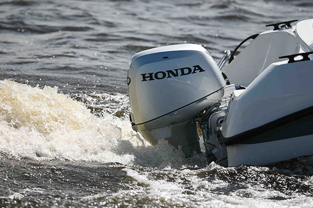 Top rated runabout boats oja for Top rated outboard motors