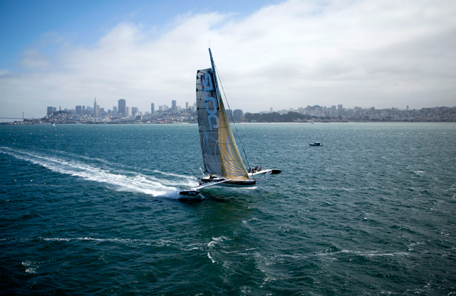 Hydroptere in San Francisco - photo Christophe Launay/Hydroptere