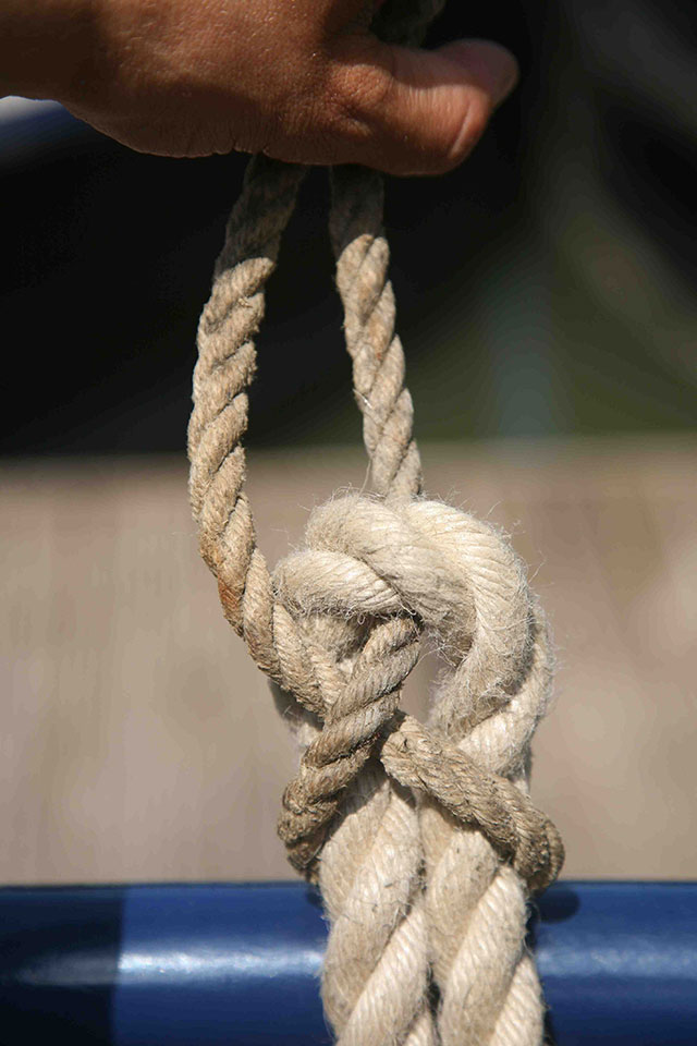 Essential Power Boating Knots: sheet bend