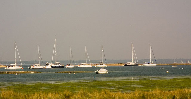 Mooring buoys and how to pick one up