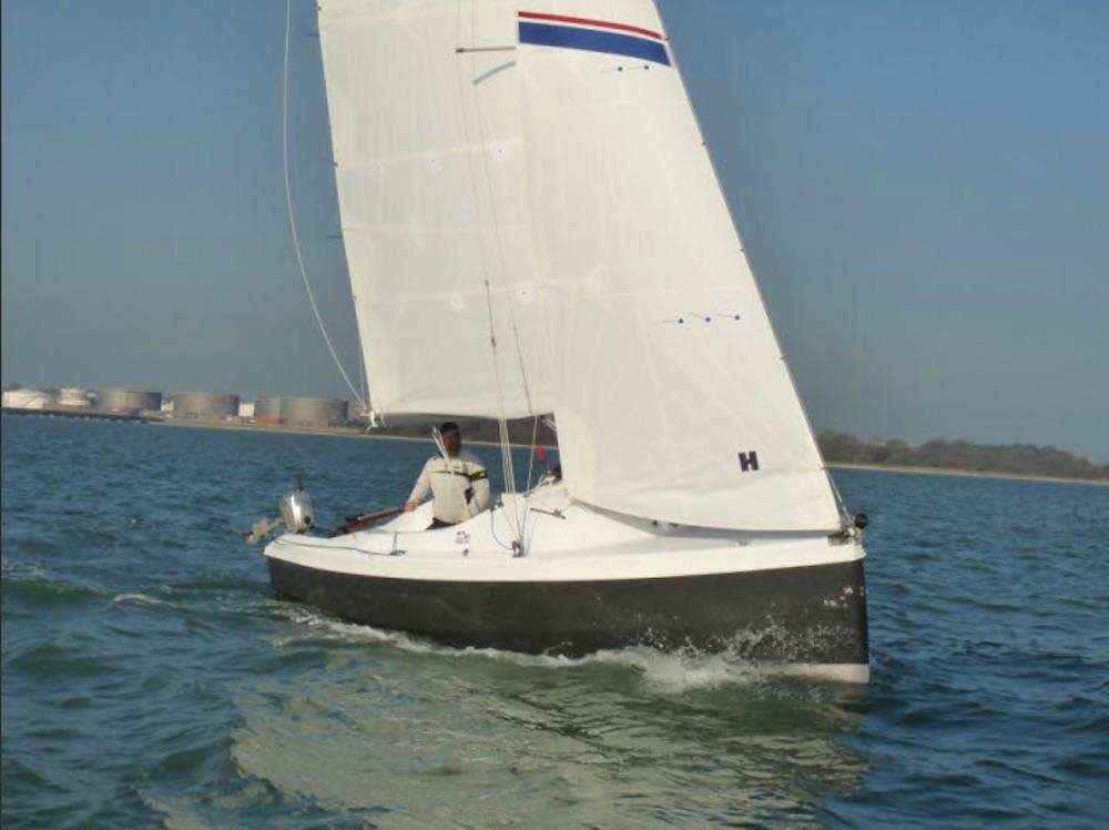 10 great daysailers - boats.com