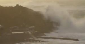 Massive wave Cornwall