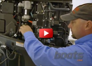 Boats.com video changing oil on a four-stroke outboard