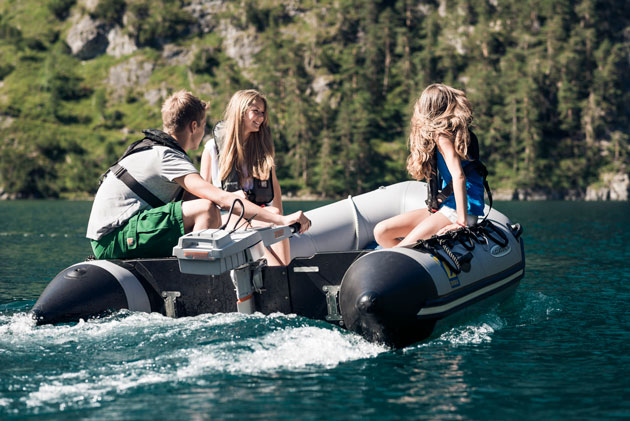 Alternatives to petrol powered outboard engines for Electric outboard boat motors reviews