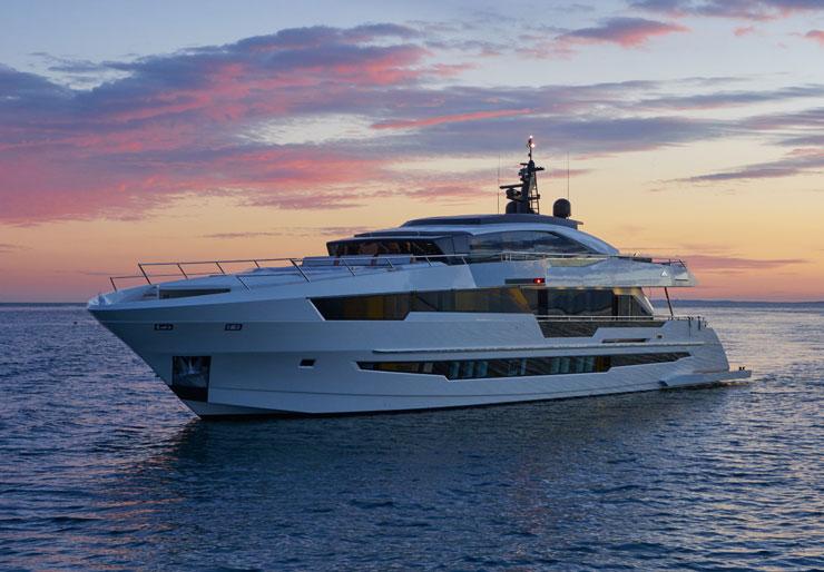 Astondoa 110 Century review - boats com